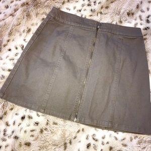 Forever 21 Light Gray Zipper Down Skirt